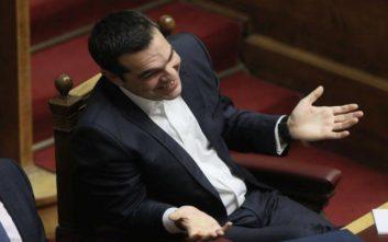 «Ο Τσίπρας κερδίζει ψήφο εμπιστοσύνης για τη μετονομασία της Μακεδονίας»
