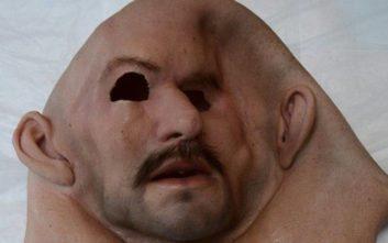 Ληστεία αλά Casa de Papel με μάσκες Καραμανλή και Παπανδρέου