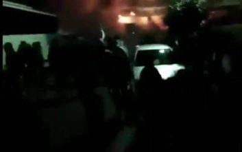 Έφτασαν τις 18 οι συλλήψεις για τις μολότοφ έξω από σπίτι βουλευτή του ΣΥΡΙΖΑ