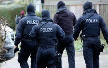Εκκενώνονται έξι δημαρχεία στη Γερμανία