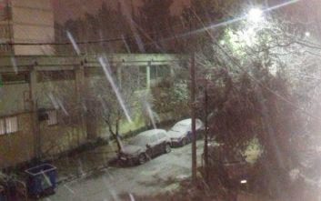 Σφοδρή χιονόπτωση αυτή την ώρα στο Μαρούσι