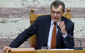 Ο πολιτικός κόσμος αποχαιρετά τον Δημήτρη Κρεμαστινό