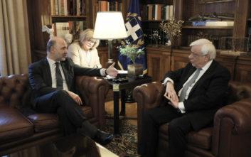 Παυλόπουλος σε Μοσκοβισί: O ελληνικός λαός πλήρωσε βαρύ τίμημα θυσιών