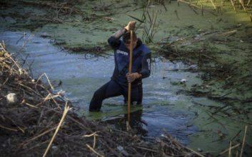 Τέσσερα άτομα επέβαιναν στο αυτοκίνητο που παρασύρθηκε από ποταμό στην Κρήτη