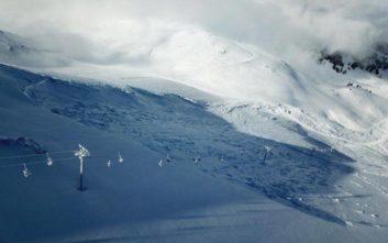 Προβλήματα από μεγάλη χιονοστιβάδα στο χιονοδρομικό κέντρο των Καλαβρύτων