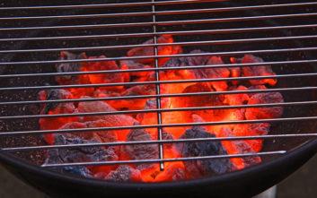Πόσο ανθυγιεινό μπορεί να γίνει το ψήσιμο στα κάρβουνα
