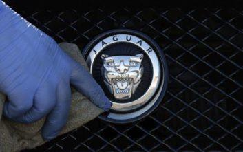Κραυγή αγωνίας από τη μεγαλύτερη βρετανική αυτοκινητοβιομηχανία για το Brexit