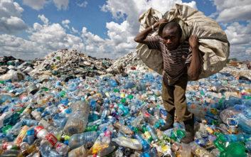 Πρόταση για απαγόρευση της προσθήκης μικροπλαστικών σε καλλυντικά και απορρυπαντικά