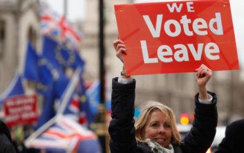 Μόνο το 18% των Βρετανών πιστεύει πως η Μέι πέτυχε την καλύτερη συμφωνία για το Brexit
