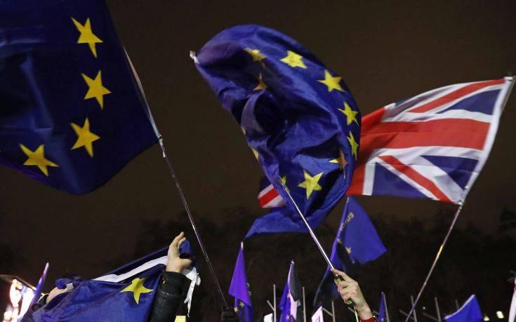 Brexit: Έγκριση συμφωνίας πριν απ' τον Ιούλιο θέλει το Λονδίνο