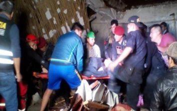 Τουλάχιστον 15 νεκροί από χείμαρρο λάσπης που έπνιξε ξενοδοχείο στο Περού