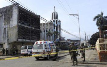 Το Ισλαμικό Κράτος ανέλαβε την ευθύνη για την επίθεση σε καθολική εκκλησία στις Φιλιππίνες