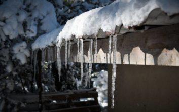 Χιόνια, καταιγίδες και θυελλώδεις νοτιάδες φέρνει η «Υπατία»