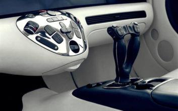 Το αυτοκίνητο που ήθελε να το ελέγχεις με… joystick