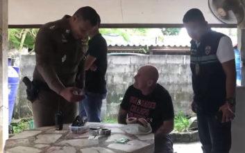Τον συνέλαβαν γιατί τάιζε τον κόσμο κάρι με… κάνναβη