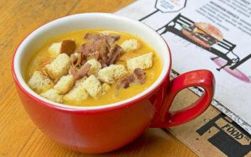 Πού θα φάτε σούπα στα… όρθια στο κέντρο
