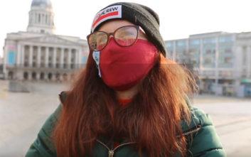 Γνωρίστε το κορίτσι που είναι αλλεργικό στον… χειμώνα