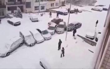 Αυτοκίνητο και χιόνι είναι κακός συνδυασμός