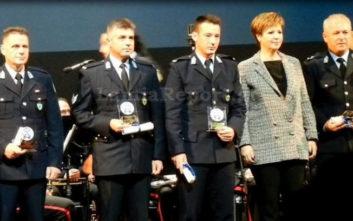 Βραβεύτηκε ο αστυνομικός που έσωσε ζωές στην εθνική οδό
