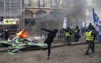 Σοβαρά τραυματισμένος διαδηλωτής των κίτρινων γιλέκων
