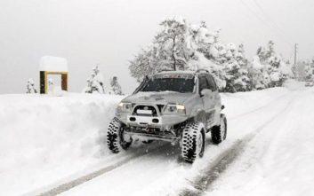 «Θάφτηκε» στο χιόνι η Παύλιανη, έφτασε τα 1,3 μέτρα