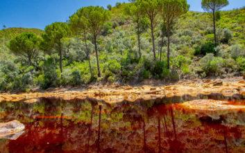 Η ιστορία του κατακόκκινου ποταμιού της Ισπανίας