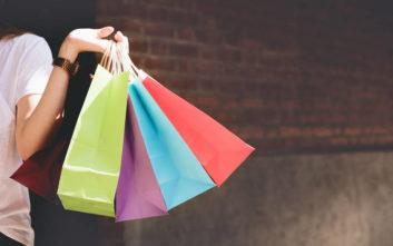 Είναι πράγματι πιο οικολογικές οι χαρτοσακούλες από τις πλαστικές;