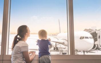 Συμβουλές για όσους κάνουν πρώτη φορά αεροπορικό ταξίδι με παιδί