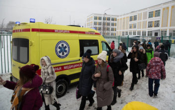 Ανεβαίνει ο αριθμός των εκτοπισμένων Μοσχοβιτών μετά τις απειλές για βόμβες