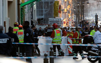 Υπέκυψε στα τραύματα του ο δράστης της επίθεσης στη Μασσαλία