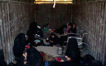 Περίπου 30 φορτηγά απομακρύνουν γυναικόπαιδα από το τελευταίο προπύργιο του ISIS