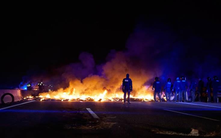 Σφοδρές συγκρούσεις στην Καταλονία για τη δίκη των αυτονομιστών