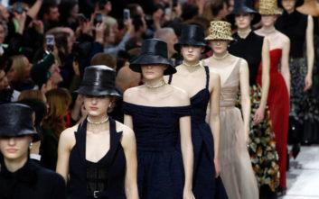 Με φεμινιστικό άρωμα το ντεφιλέ του Οίκου Dior