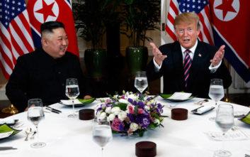 Ντόναλντ Τραμπ και Κιμ Γιονγκ Ουν στο δεύτερο τετ α τετ τους