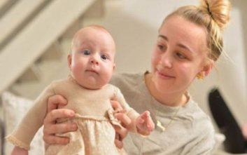Έφηβη ξύπνησε από κώμα έχοντας γεννήσει μωρό που δεν γνώριζε ότι κυοφορούσε
