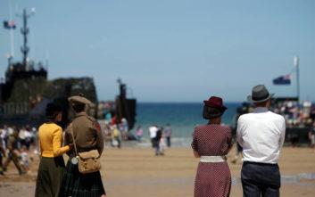 Ακόμα και σήμερα, κάτι στην παραλία της Νορμανδίας θυμίζει την… ιστορική απόβαση