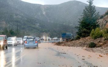 Οδηγίες προστασίας από έντονες βροχοπτώσεις και καταιγίδες
