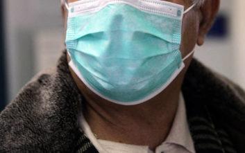 «Θερίζει» η γρίπη, δραματική αύξηση του αριθμού των νεκρών