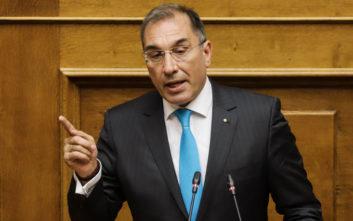 Δ. Καμμένος: Πολιτικά ηλίθιος ο Παπαχριστόπουλος