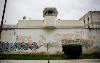 Αρνείται ότι είναι μέλος της «μαφίας των φυλακών» ο κατηγορούμενος δικηγόρος