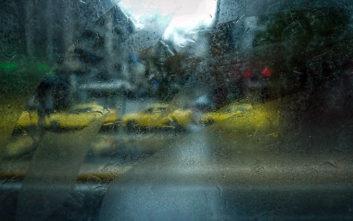 Ο καιρός αλλάζει με ισχυρές βροχές και καταιγίδες, πού θα χτυπήσει η κακοκαιρία