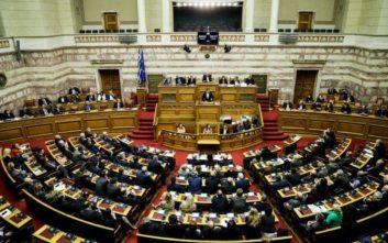 «Μάχη» Τσίπρα-Μητσοτάκη για συνταγματική αναθεώρηση και ΠτΔ