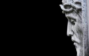 Βρέθηκαν ίχνη από βυζαντινά νομίσματα στην Ιερά Σινδόνη που ενδέχεται να αποτυπώνουν τον Χριστό