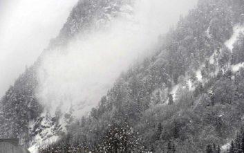 Χιονοστιβάδα καταπλάκωσε αρκετούς ανθρώπους στην Ελβετία