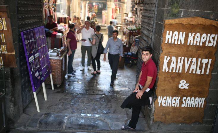 Άνοιξαν οι δημοτικοί πάγκοι πώλησης λαχανικών στην Τουρκία