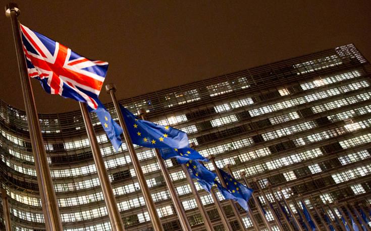 «Μια καθυστέρηση του Brexit μέχρι τις ευρωεκλογές δεν παρουσιάζει νομικό πρόβλημα»