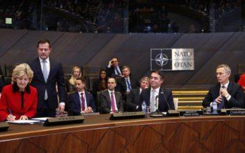 «Σήμερα, η μεγαλύτερη στρατιωτική συμμαχία στον κόσμο, το ΝΑΤΟ, μας καλωσόρισε»