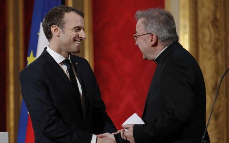 Έρευνα σε βάρος του πρεσβευτή του Βατικανού στη Γαλλία για σεξουαλικές επιθέσεις