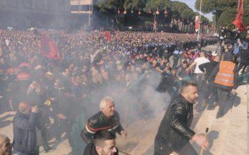 «Η Τουρκία επιχειρεί να περικυκλώσει την Ελλάδα μέσω Αλβανίας και Σκοπίων»