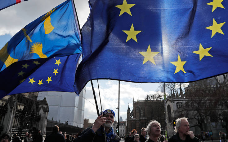 Μεγάλη διαδήλωση στο Λονδίνο για νέο δημοψήφισμα